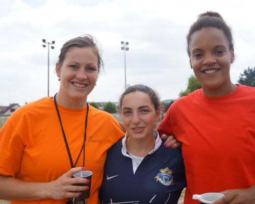 Manon André et Safi N'Diaye avec Ani, meilleure joueuse Challenge National Inter-ITEP